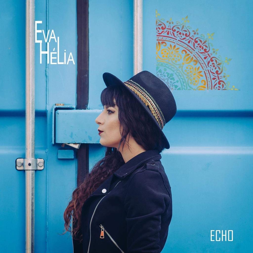 Eva Hélia visage single